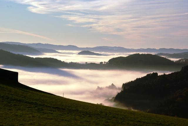 mer-de-nuage-dans-la-vallee-de-saint-forgeux